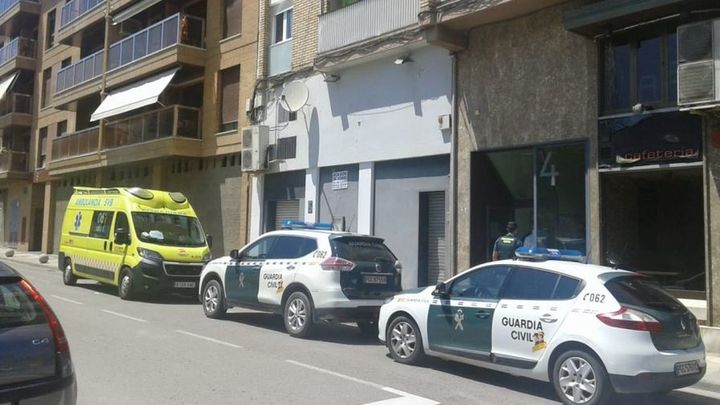Un hombre mata de varias puñaladas a su expareja en Barbastro (Huesca) delante de sus tres hijos