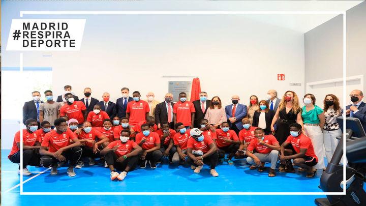 Getafe inaugura el primer pabellón deportivo del mundo para refugiados