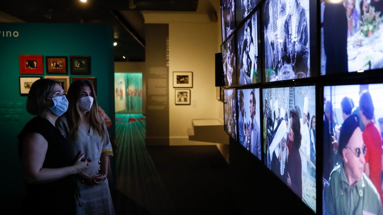 La Comunidad se suma a la celebración del centenario del nacimiento de Berlanga con más de 170 fotografías