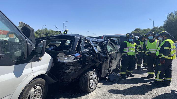 Cinco heridos en una colisión múltiple de siete vehículos en la M-30