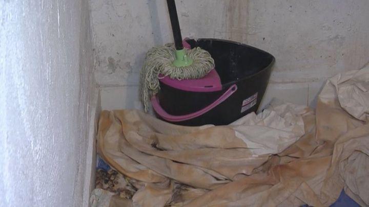 Vecinos de Tetuán conviven con filtraciones, insectos y ratas