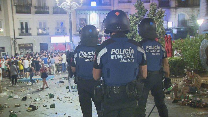 La Policía blinda Chueca tras el descontrol de las fiestas del Orgullo