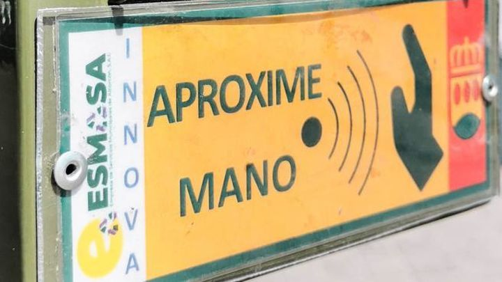 Alcorcón instala 50 nuevos semáforos que vecinos podrán activar sin contacto