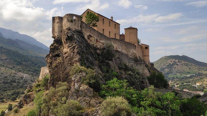 Las reservas naturales de Córcega, la montaña en el mar Mediterráneo