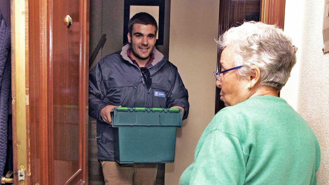 Entrega de comida a mayores a domicilio