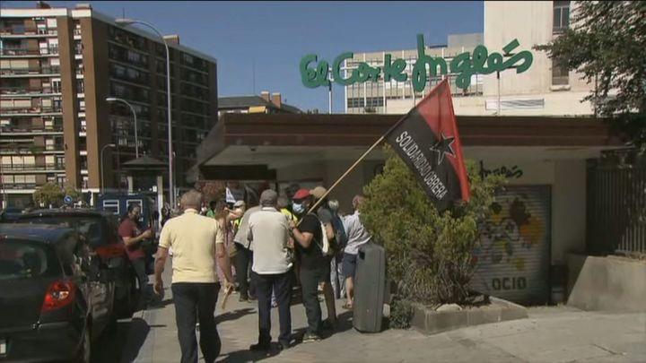 Sindicatos y partidos protestan contra la vacunación en empresas