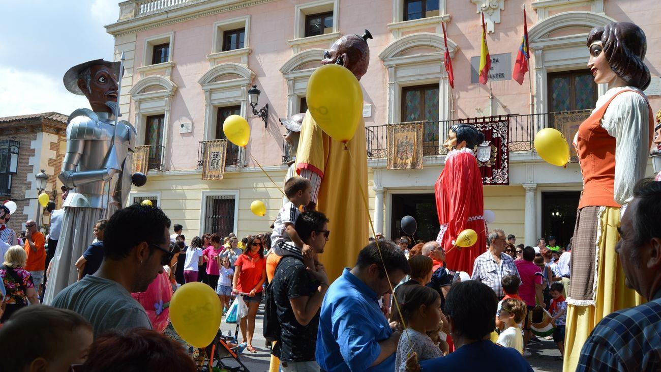 Gigantes y cabezudos en Alcalá de Henares, 2018