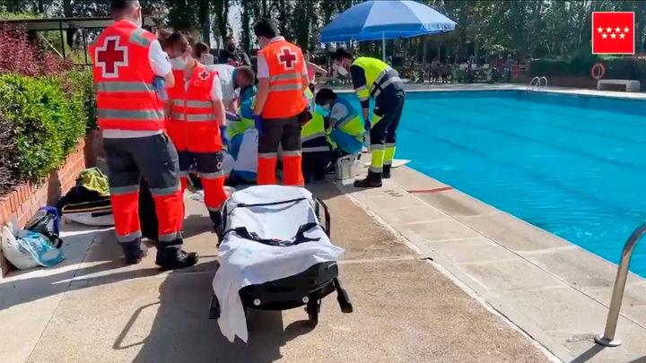 Muere un hombre ahogado en la piscina municipal de Humanes