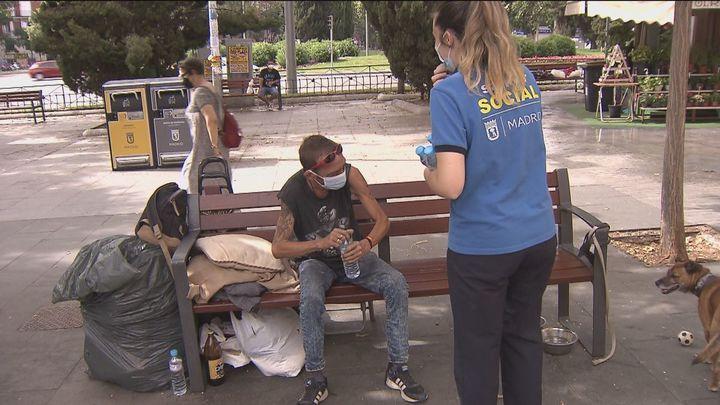 Samur Social intensifica su trabajo en Madrid por el calor