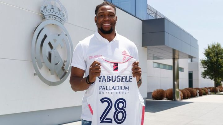 El Real Madrid ficha al ala-pívot francés Yabusele