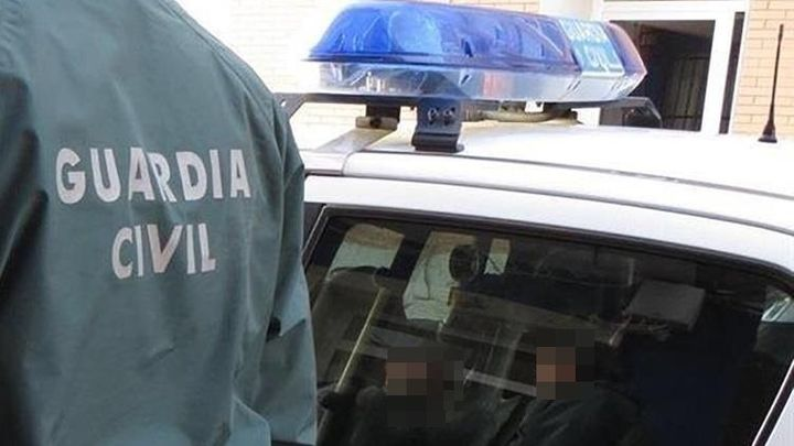 Detenido un menor en Daganzo por amenazar a compañeros para conseguir fotos sexuales