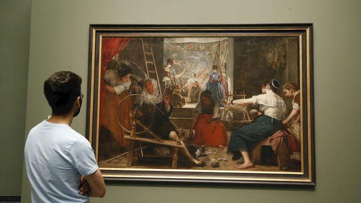 'Las Hilanderas' de Velázquez recuperan en el Prado su tamaño original