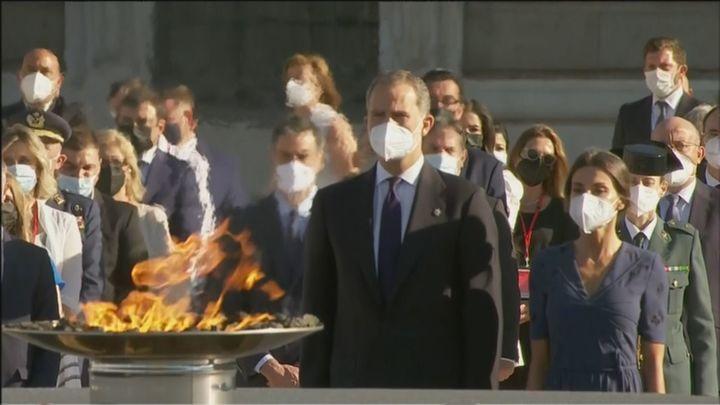 Los reyes presiden el Homenaje de Estado a las víctimas de la Covid en el Palacio Real