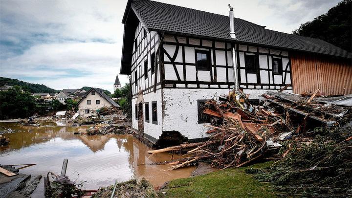 Al menos medio centenar de muertos en el devastador temporal en el oeste de Alemania