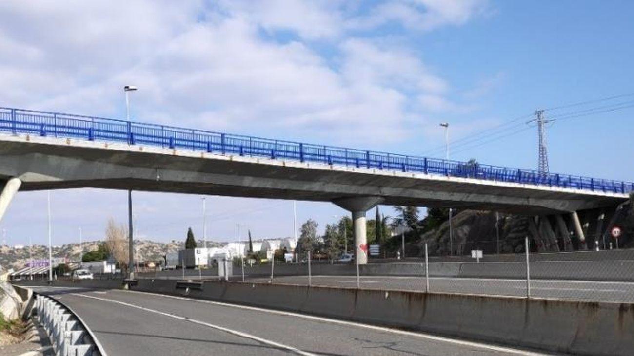Estructura en la A-6 a su paso por Torrelodones