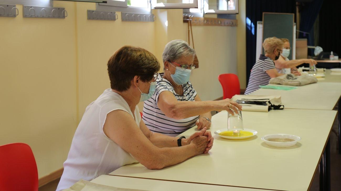Participantes en uno de los talleres de Leganés dedicados a la mujer y la Ciencia