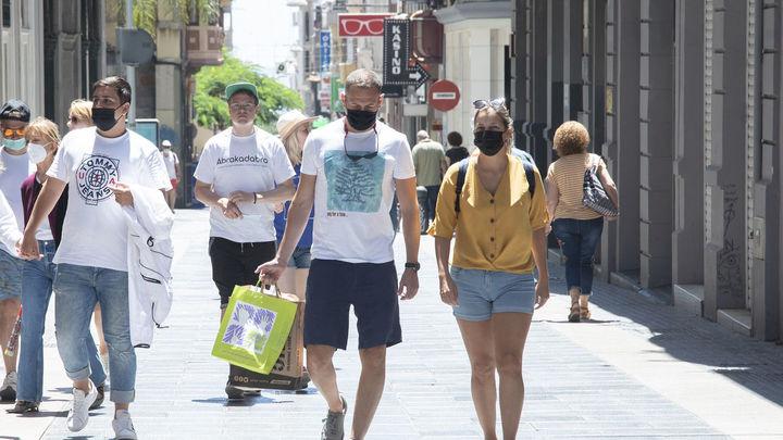 La incidencia del coronavirus en España cae 66 puntos esta semana hasta los 131 casos