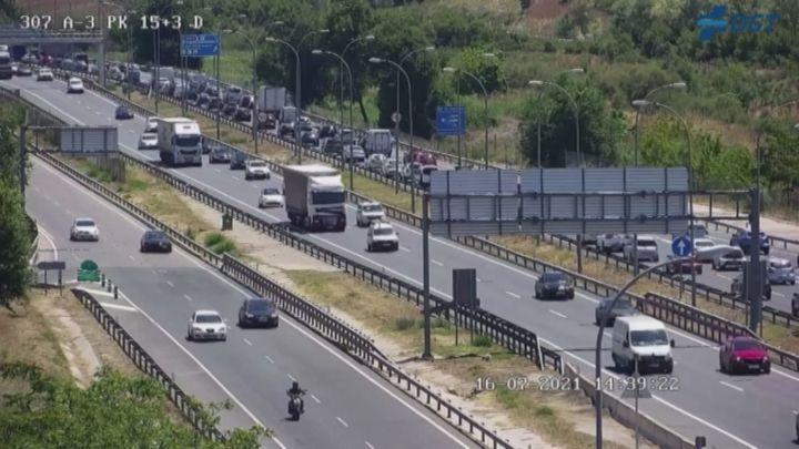 Arranca la segunda Operación Salida del verano con tráfico denso en las salidas de Madrid