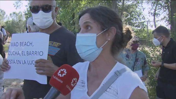 Vecinos de la zona protestan contra el complejo de ocio Mad Beach