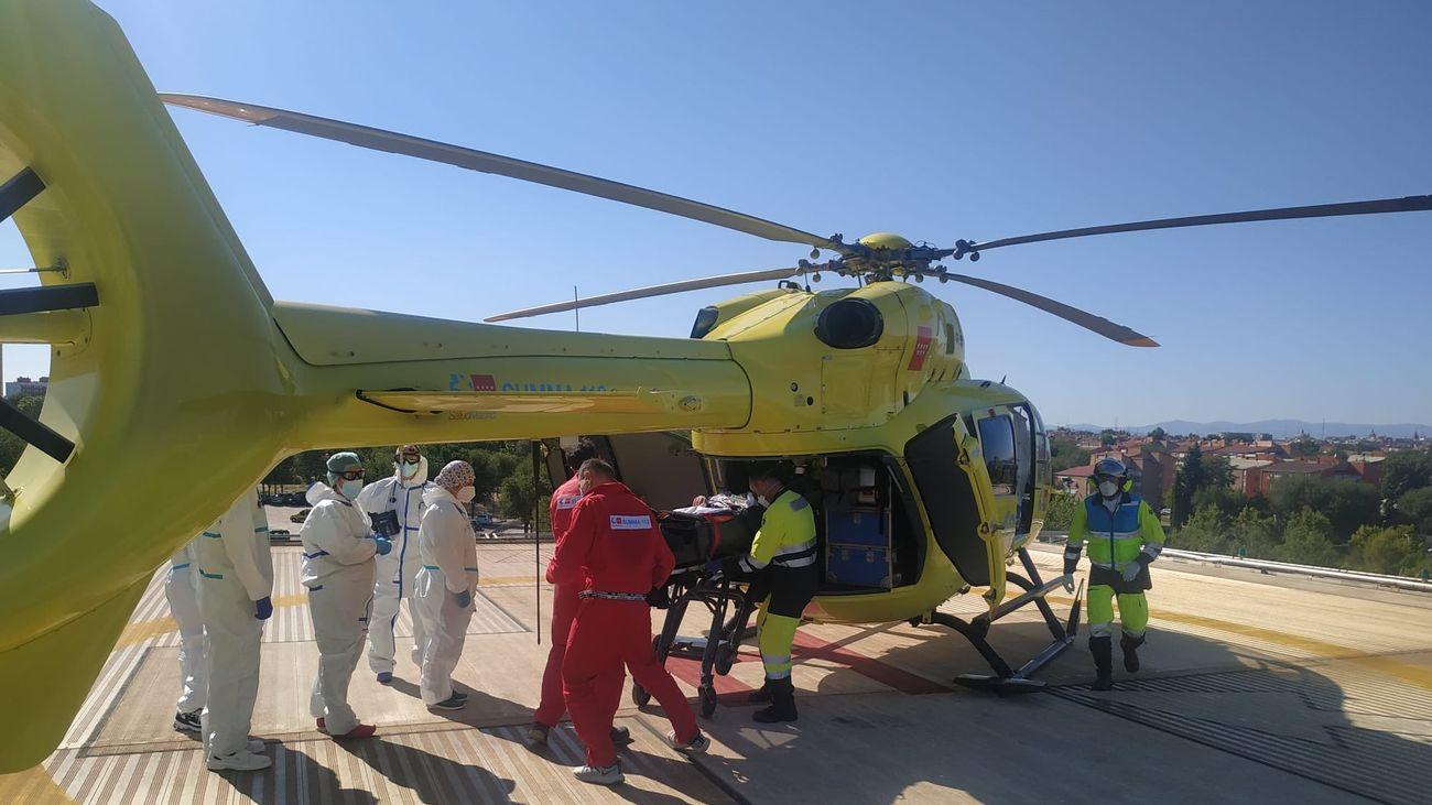 Helicóptero del SUMMA 112 traslada al hombre de 40 años al Hospital 12 de Octubre
