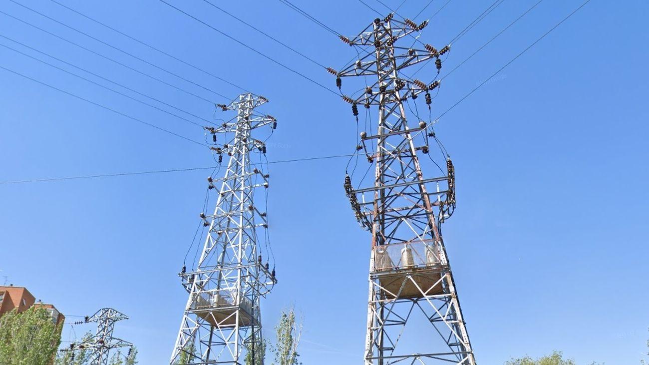 Torres eléctricas en el madrileño barrio de Aluche