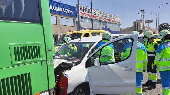 Cuatro heridos en un accidente de tráfico en la A42, en Fuenlabrada