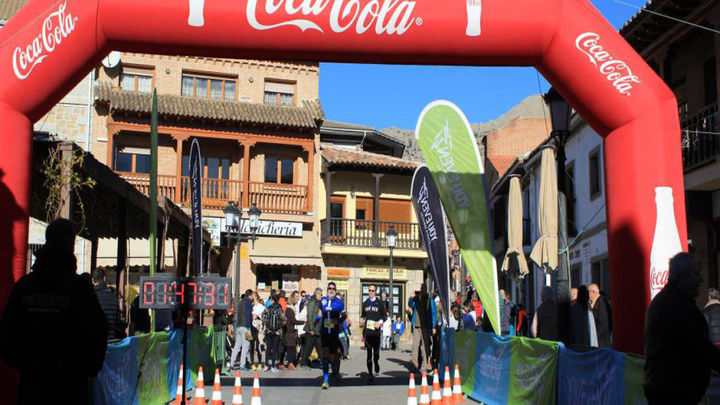 Manzanares el Real acoge la carrera de orientación solidaria contra la ELA