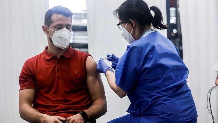 El 0,1% de los vacunados se contagiará de Covid, unas 23.000 personas en España