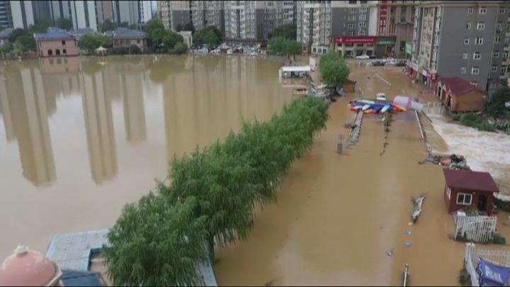 Al menos 25 muertos y más de 200.000 desplazados por la lluvia en la provincia china de Henan