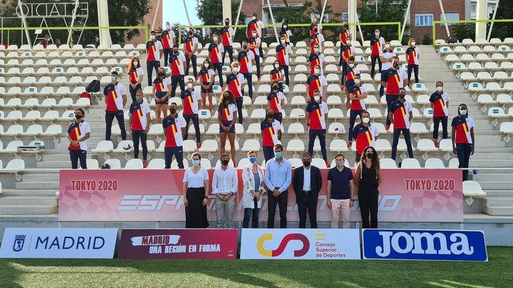 El estadio de Vallehermoso despide al equipo olímpico de atletismo