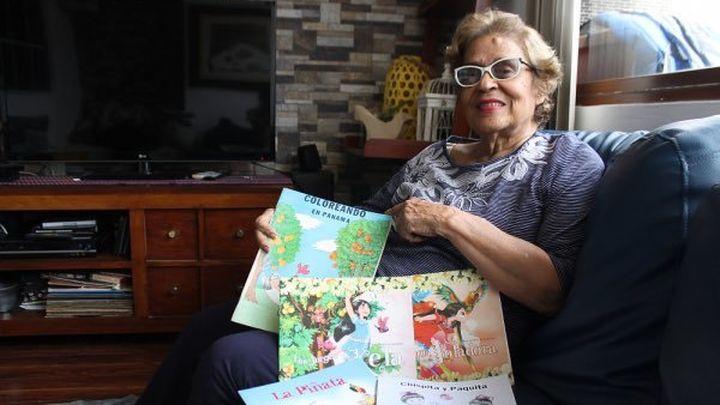 La escritora panameña Hena González, Premio Cervantes Chico 2021