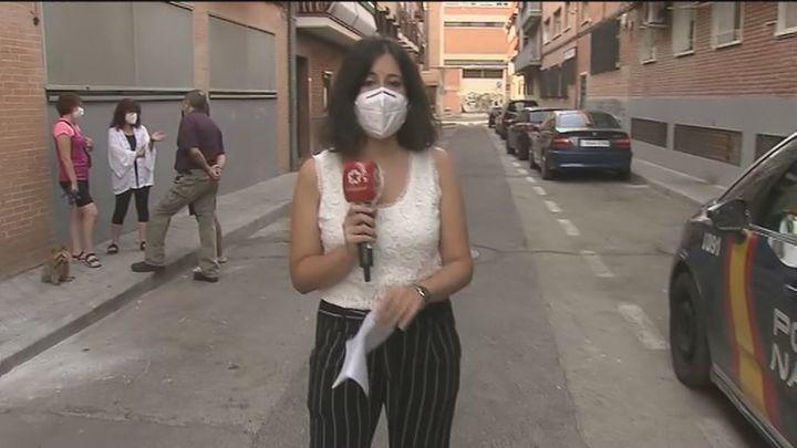 """Los vecinos de José Garrido en Carabanchel, felices tras el infierno de los okupas: """"Ha sido muy duro"""""""