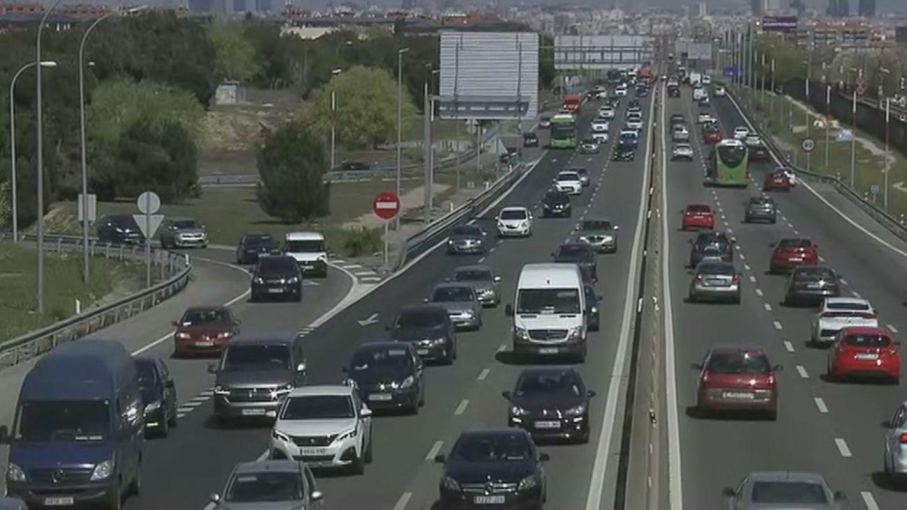 Jornada de viernes complicada en las carreteras con varios accidentes y retenciones