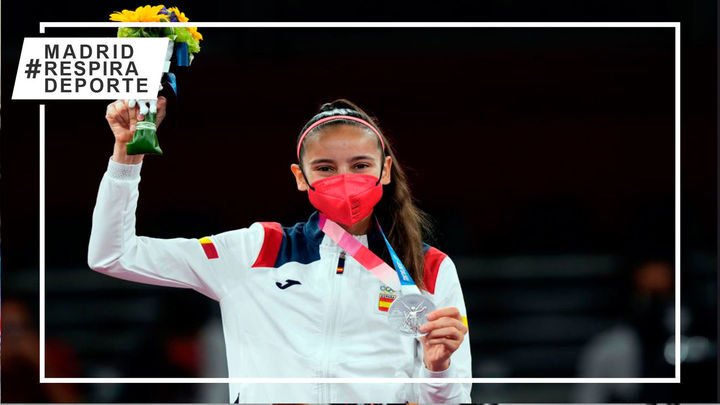 La madrileña Adriana Cerezo gana la primera medalla de plata para España