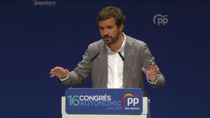 """Casado critica que Sánchez """"venda"""" ahora que cede el 55% de fondos  europeos a CCAA cuando """"ya lo anunció hace 10 meses"""""""