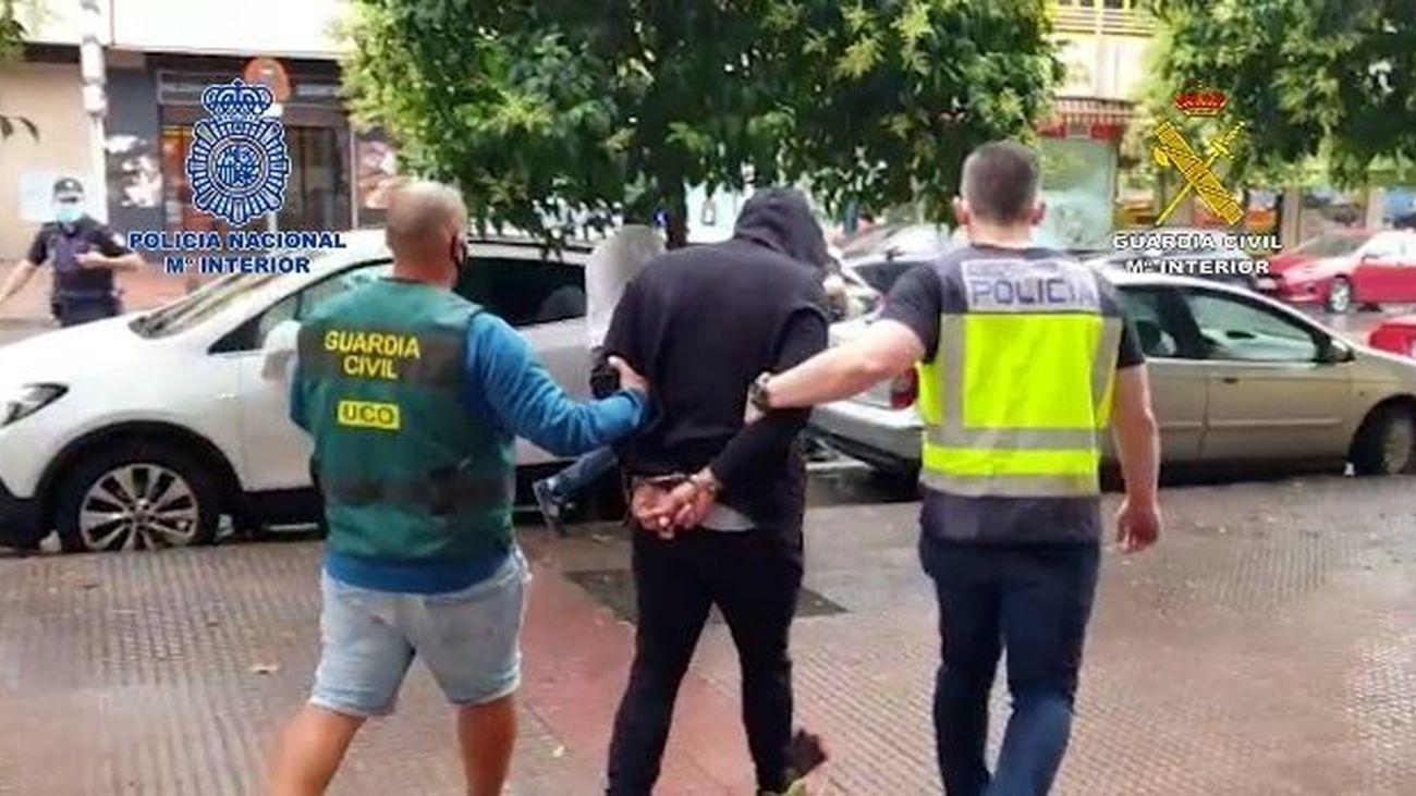 Uno de los detenidos en la operación contra  un grupo de narcotraficantes