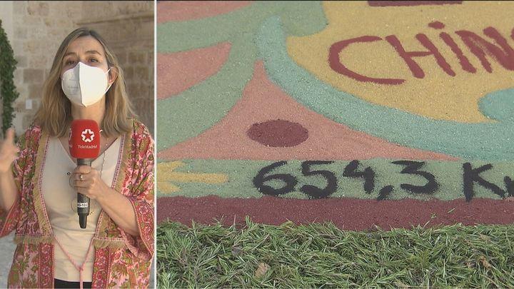 Chinchón se une a 260 ciudades para festejar Santiago Apóstol con una alfombra de arena