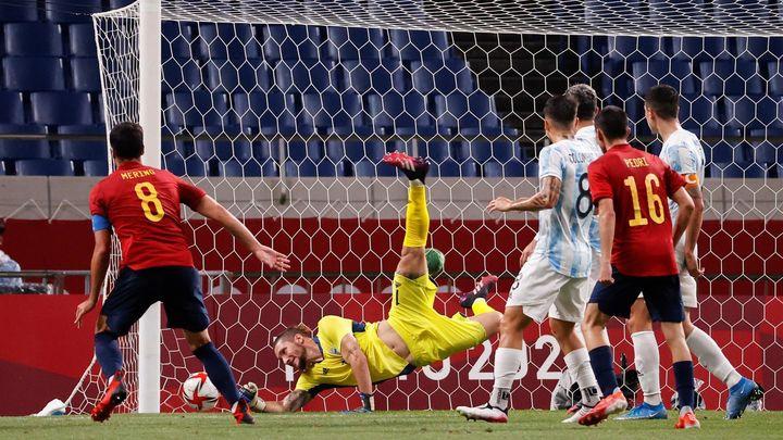 1-1. España empata con Argentina y se cita con Costa de Marfil en cuartos
