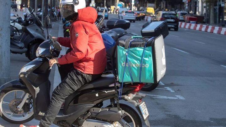 Deliveroo anuncia su intención de salir de España por la competencia