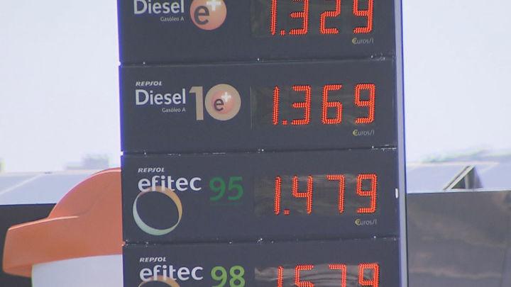 La gasolina se paga un 21% más cara en esta operación salida de agosto