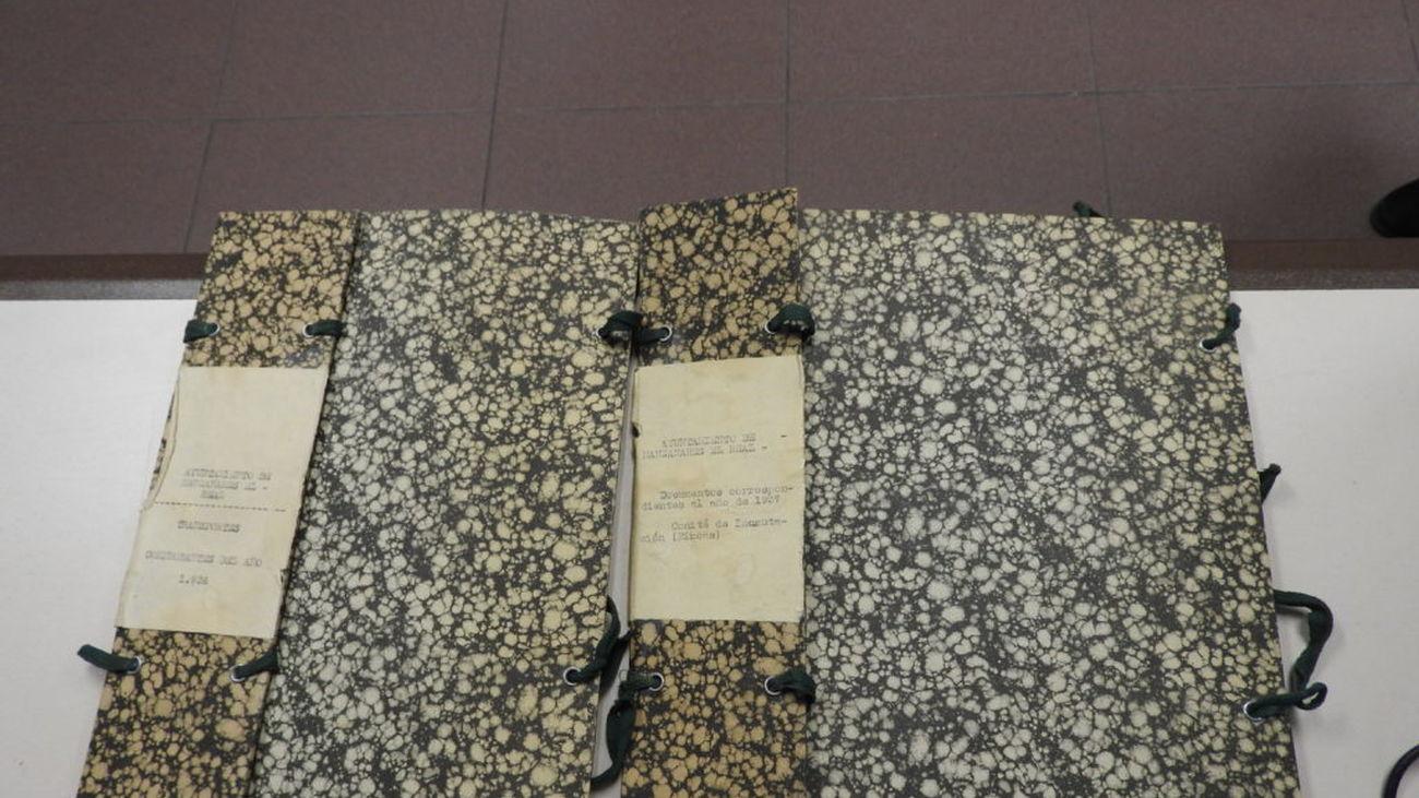 Manzanares abre las puertas de su archivo, con documentos del siglo XVII