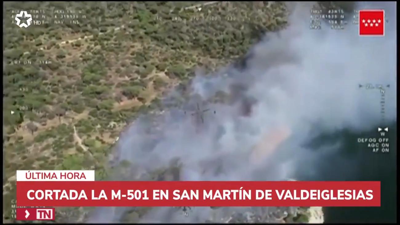 Cortada la M-501 entre los kilómetros 45 y 50 por el incendio del pantano de San Juan