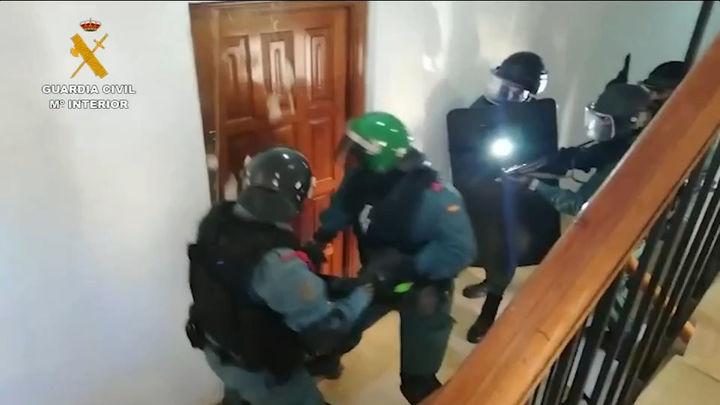 Tres detenidos por secuestrar y torturar a un camarero  en Marbella