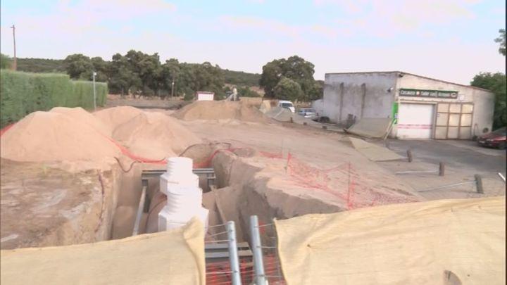 Los vecinos de 'Los Arroyos' piden que se paralice la construcción de una gasolinera
