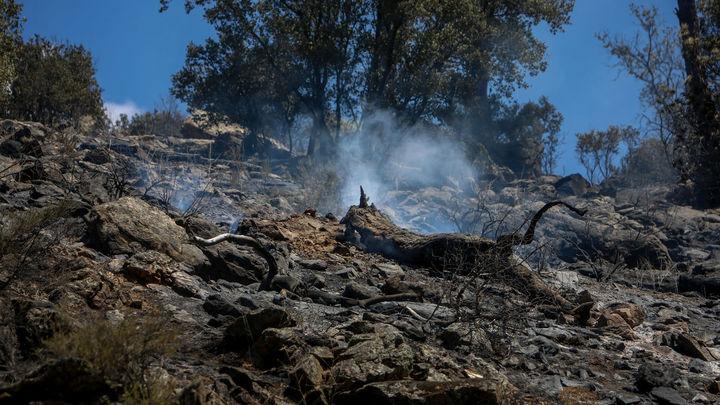 Fase final para 'rematar' el incendio en el pantano de San Juan