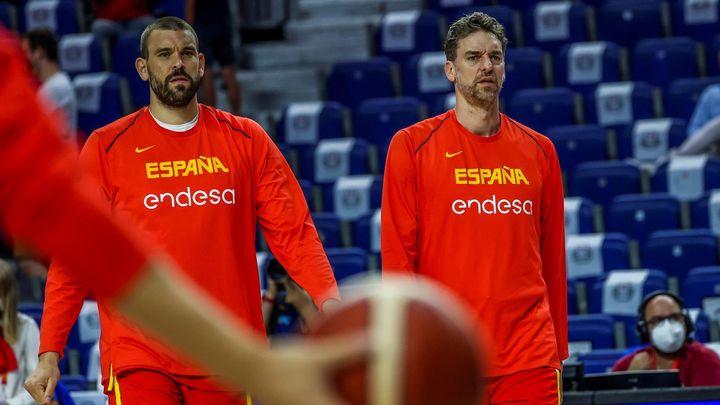 Pau y Marc Gasol anuncian su retirada de la selección española