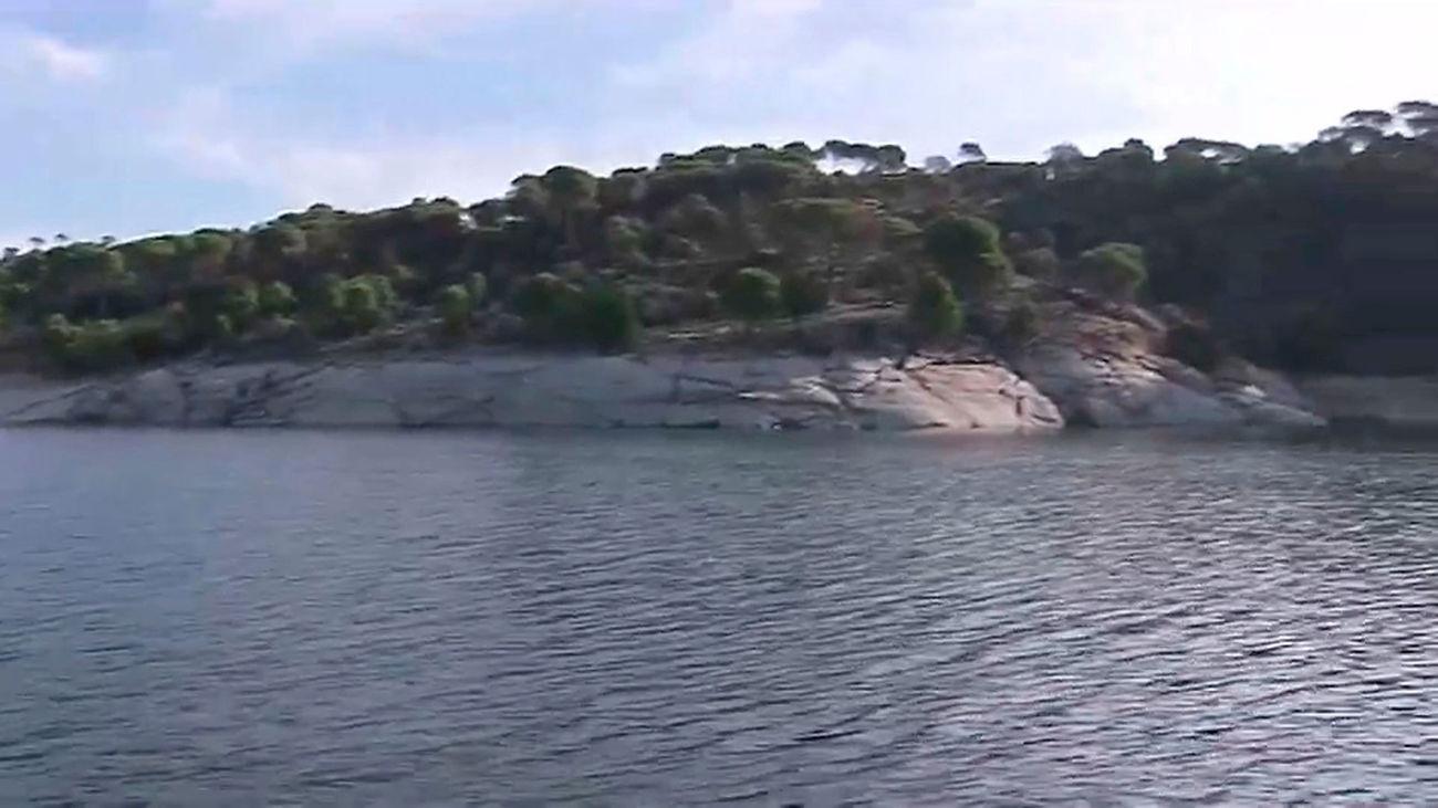 Madrid refuerza la vigilancia y la seguridad de los bañistas en el Pantano de San Juan
