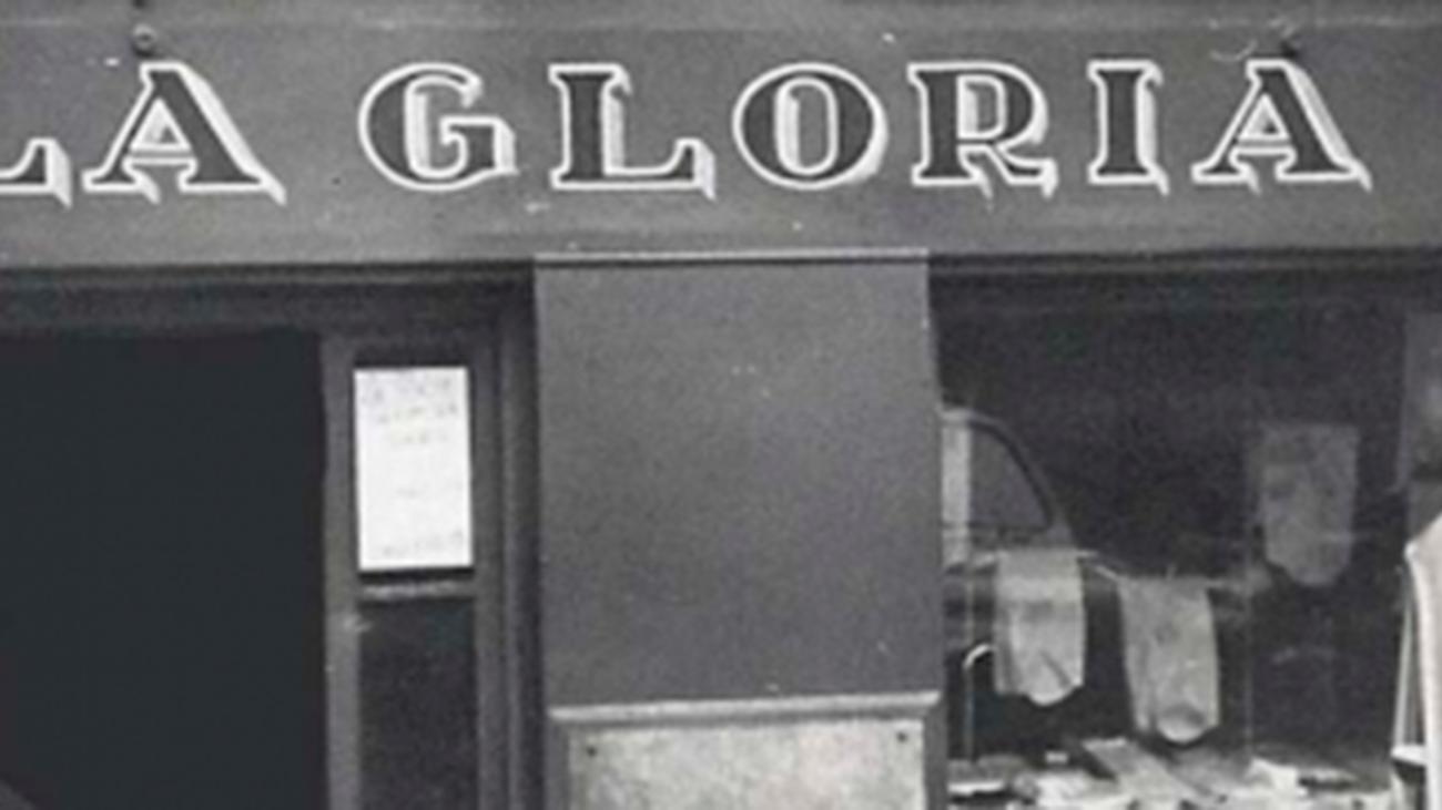 ¿Cómo sobrevive a la pandemia una tienda de uniformes centenaria en Madrid?