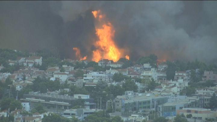 Grecia sigue en llamas