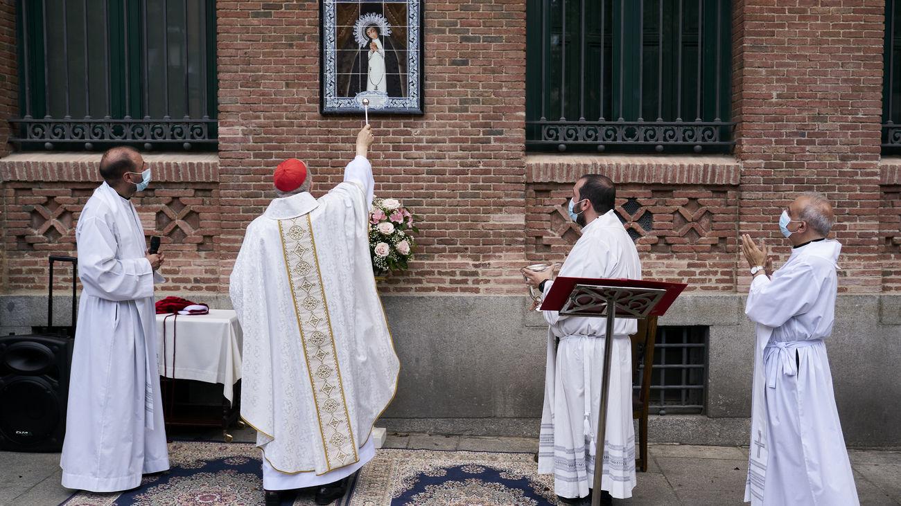 La iglesia de la Virgen de la Paloma se prepara para celebrar la fiesta de su patrona